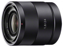 SEL24F18Z-Interchangeable Lens-เลนส์ Carl Zeiss®